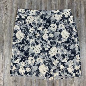 Talbots Floral Printed Pencil Skirt Size 16